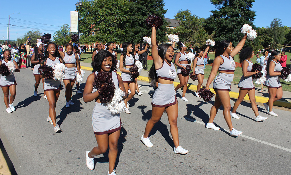 Cheerleaders during homecoming parade
