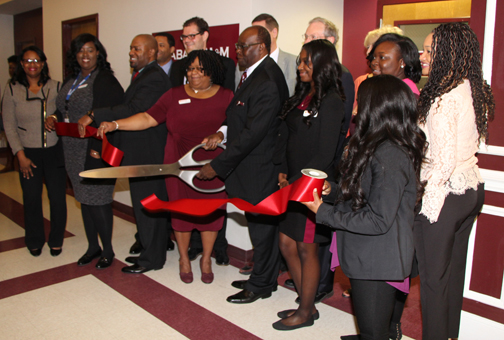 Photo of Ribbon Cutting Ceremony at New AAMU RCFU branch